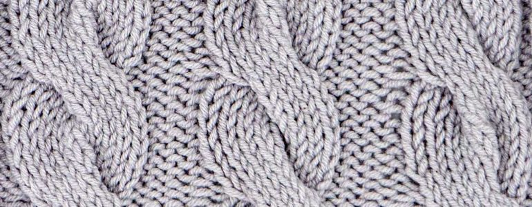 Chunky Cable Stitch Knitting Pattern (Right Side)
