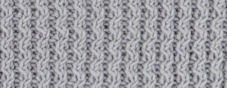Wavy Cable Rib Stitch Knitting Pattern (Right Side)