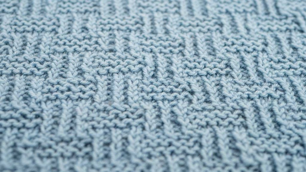 Shingle Stitch Knitting Pattern (Close Up)